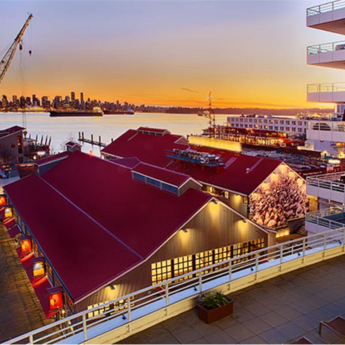 Vancouver Pinnacle Pier Hotel